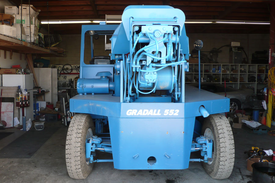 Rent a Gradall 552 20,000 lb reach truck - Specialized ...